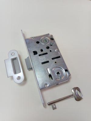 Брава BONAITI B-BITTER  обикновен ключ 90/50 мм. матиран хром.С насрещник за безфалцова врата.