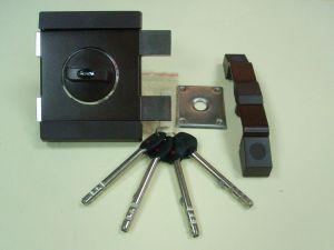 Брава GERDA TYTAN ZX  LKL, допълнителна с врътка и удължени ключове .Цвят-кафява.Лява.
